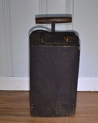 Antique D.D.&W. Co. Blasting Machine Explosive Dynamite Detonator Plunger Box