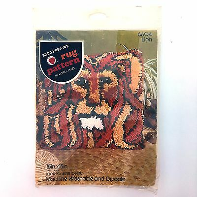 Red Heart Lion Rug Pattern Latch Hook Canvas #6604 15x15 Pillow Vintage