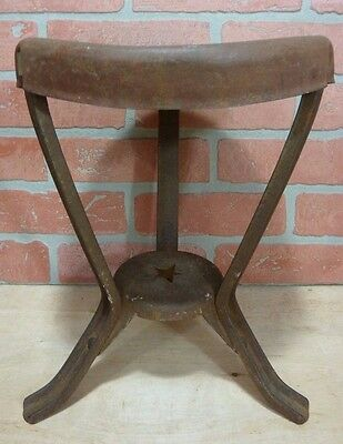 Antique Farm Milking Stool w Star red paint cast iron metal farm milk dairy cow
