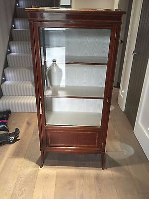 Beautiful Victorian Display cabinet in Immaculate Condition - A real Gem !