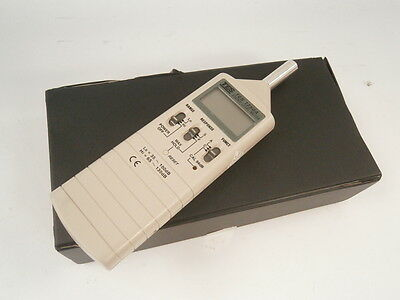 TES-1350A Sound Level Meter,Noise Tester Gauge Noise Tester ** WORKING ** !
