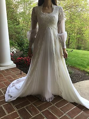 Vintage 70's Pleated Long Sleeve Accordion Pleat Ivory Wedding Gown Small