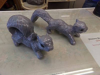 2 Scampering Squirrels Lawn / Garden Ornament Dark Gray