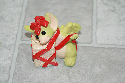 The Whimsical World Of Pocket Dragons All Wrapped Up Christmas Figurine 1998