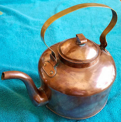 Antique Copper Kettle-Pot Dovetail Handmade Construction with bronze handle