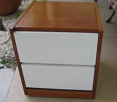 Breathtaking! REFF/KNOLL  MID CENTURY MODERN NIGHTSTANDS End Tables Tampa Bay