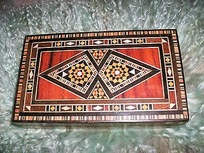 Vintage Marquetry Inlaid Wood Dresser Jewelry Box Excellent Condition