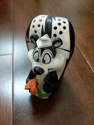 Looney Tunes PEPE LE PEW Baking Soda Holder for Kitchen