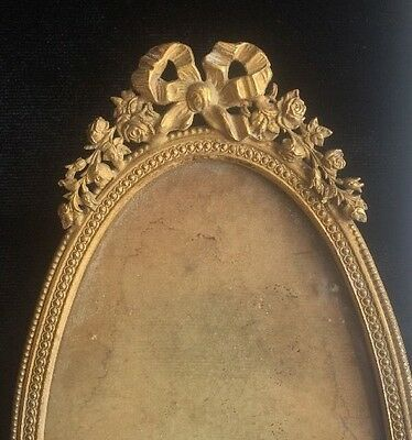 Vintage Oval Picture Frame Electroplate Detailed Bronze Colored Antique