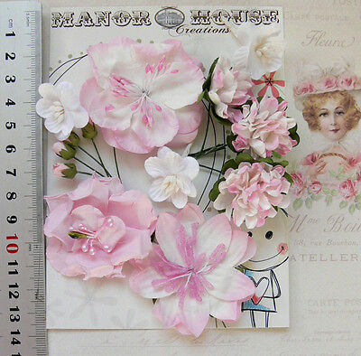SOFT PINK & WHITE - 9 Flowers & 5 Rose Buds 6 Styles = PAPER  Flowers 5-55mm VB4