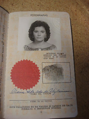 Mexico Old Passport 1967 Cancelled Expired - For Collection