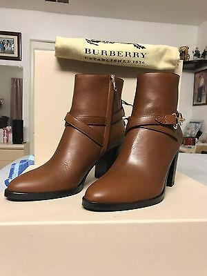 Authentic Burberry Heritage Leather Bedford 7.5 Ankle Boots . Made In Italy