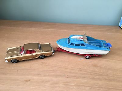 Corgi GS31 Buick Riviera Car and Boat.