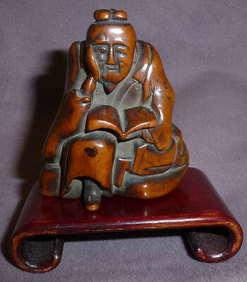 Edo Netsuke Of a Scholar Deep in Thought, Circa 1750 Beautiful Patina