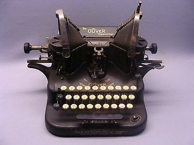 Nice Antique Oliver No. 5 Typewriter