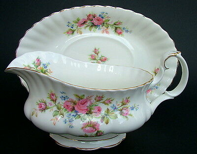 Royal Albert Moss Rose Pattern 1st Quality Gravy Sauce Boat & Stand Looks in VGC
