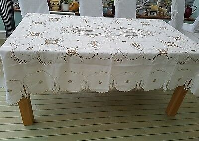 """LARGE VINTAGE LINEN TABLECLOTH - MADEIRA HAND EMBROIDERY - 86""""x 64"""""""