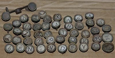 46 pcs vtg LOT UNDERWOOD TYPEWRITER KEYS white background arts crafts steampunk