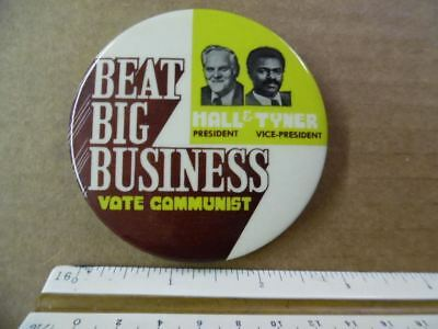 1976 Communist Party USA Presidential Campaign Button Gus Hall Jarvis Tyner VG