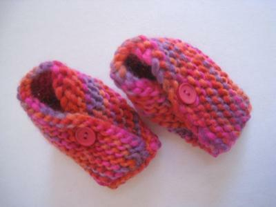 Baby Booties/shoes  Gift Shower girl Handknit