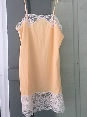 Baronet Peach Apricot Yellow Vintage Nylon Full Slip 32 Adjustable Straps Lace