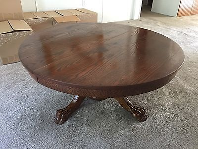 Antique Round Oak Coffee Table with Beautiful Claw Feet