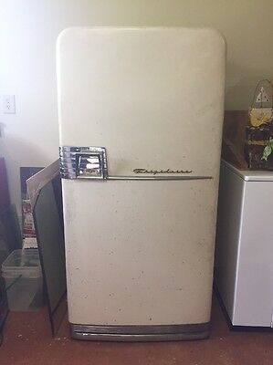 Antique Refrigerator 1950's Frigidaire Imperial Cycle Omatic  Crank Handle