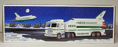 Hess Truck W/ Space Shuttle 1999 Nos - New