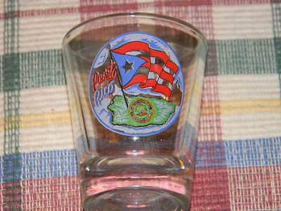 Puerto Rico shot glass- pretty design on front with flag- souvenir- NWOT