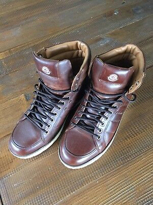 Moncler Men's Brown Leather High Tops Sneakers, Size 40