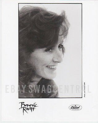 BONNIE RAITT Original LTD 8x10 Publicity Press Kit Photo Rare Portrait 04
