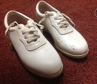 Dinkles white Marching Band  Glide shoes - Men's size 6 - Women's size 8
