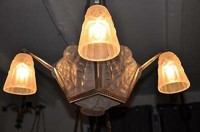 Exceptionnel Lustre Art Deco Signe Degue Tulipes Plaques No Muller French Lamp