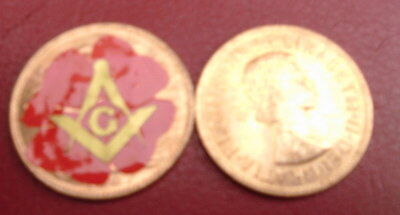 1967 UNCIRCULATED PENNY with masonic SQUARE & COMPASSES IN GOLD with POPPY