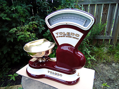 Restored Antique Cast Iron 3lb Toledo candy scale w/ brass pan