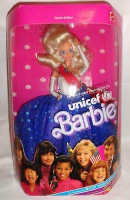 VINTAGE 1989 Mattel 1920 Unicef White Barbie Doll & Accessories NRFB NEW