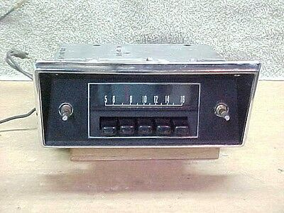 68 - 72 Ford Truck Pickup AM Radio w/Nice Face Plate