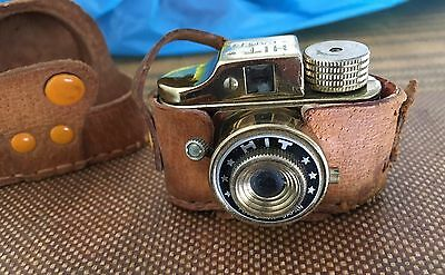 Vintage Japanese Hit Gold Miniature Spy Camera Made In Japan