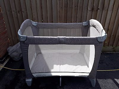 Graco Contour Travel Cot Baby Safety & Comfort in beige, used but very clean