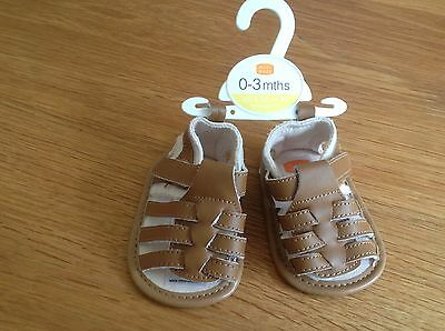 NWT BOYS BROWN SANDALS PRAM SHOES AGE 0-3 months