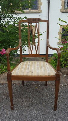 A Very Pretty Vintage/Antique Mahogany Carver/Armchair Ornate Back Great Shape