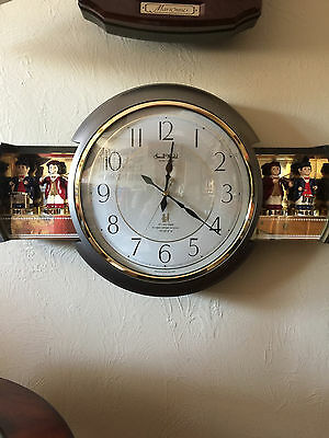Small World Rhythm Performing Musician Clock 4mh638-08