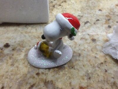 Dept 56 Peanuts Village Charlie Brown Snoopy & Woodstock Happy Holidays 809414