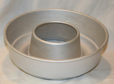 Vintage Mirro Aluminum Gelatin Or Other Kitchen Mold Ring Shape 6-1/2 Cups