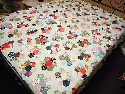 Stunning - Vintage 1940 - 1960 Grandmas Flower Garden Quilt Top - All Hand Done!