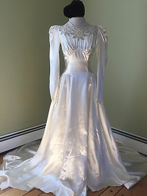 Glamorous 1940s Vintage Silky Satin Bridal Wedding Gown - Long Sleeve- Ivory
