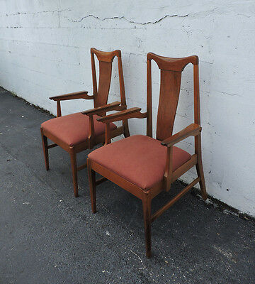 Pair of  MCM Mid-Century Side by Side Chairs Dining Chairs with Arms 7886