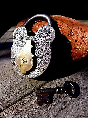 Antique Vintage Padlock with one key working order collector 25-03