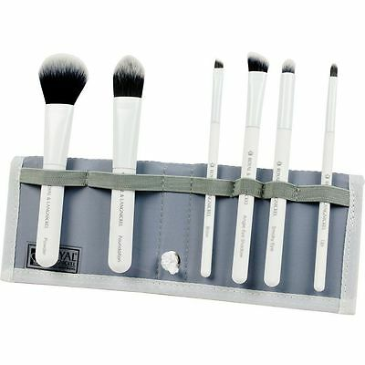 Moda Total Face Professional Make Up Brush Set. WHITE Brushes Essential Kit Case