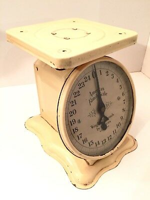 Vintage American Family Scale 25 Pound Kitchen Counter Scale
